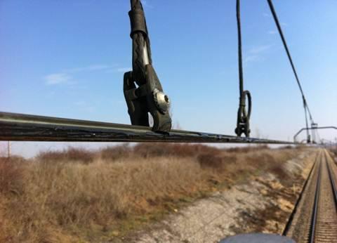 100 km de catenaria engrasada en 2 horas